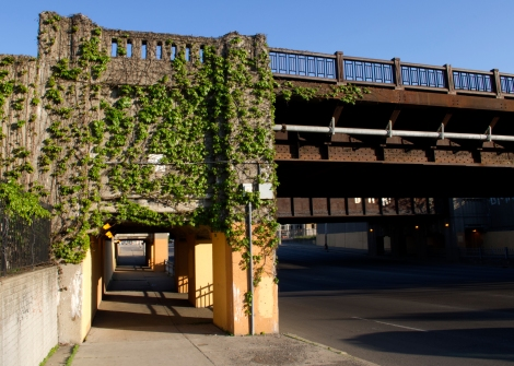 Rail bridge over Woodward Avenue at Detroit's Amtrak Station in New Center | Photo by: Jessica Knedgen