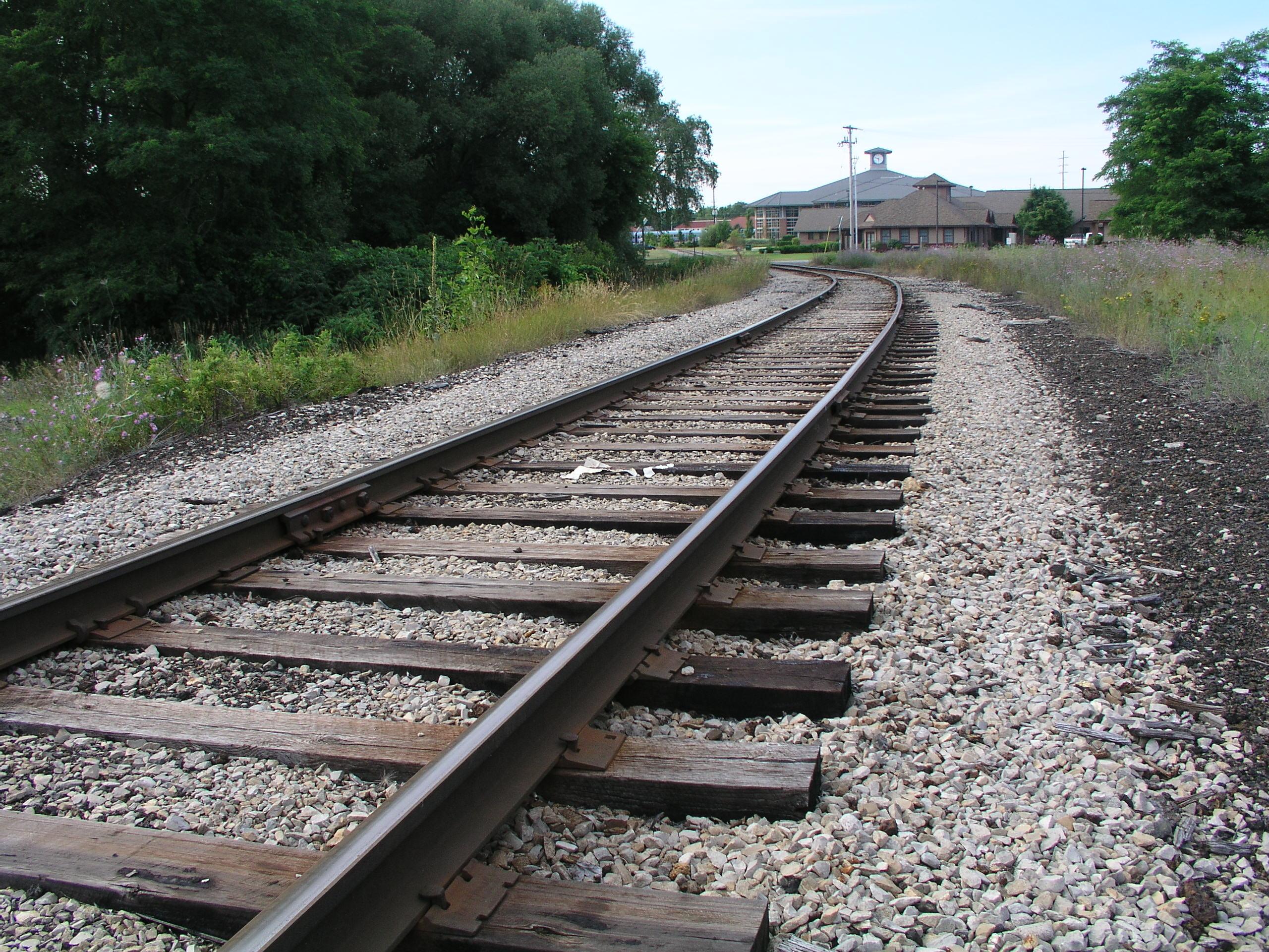 Levers Train Tracks O N : Mlui launches traverse city train study michigan by rail