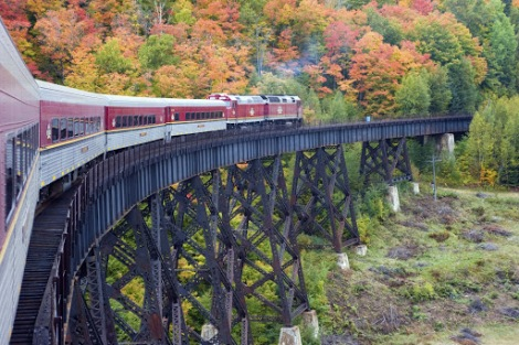 agawa-train-trestle